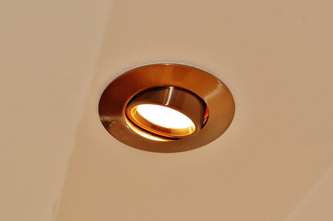 cambiar ojo de buey luz led